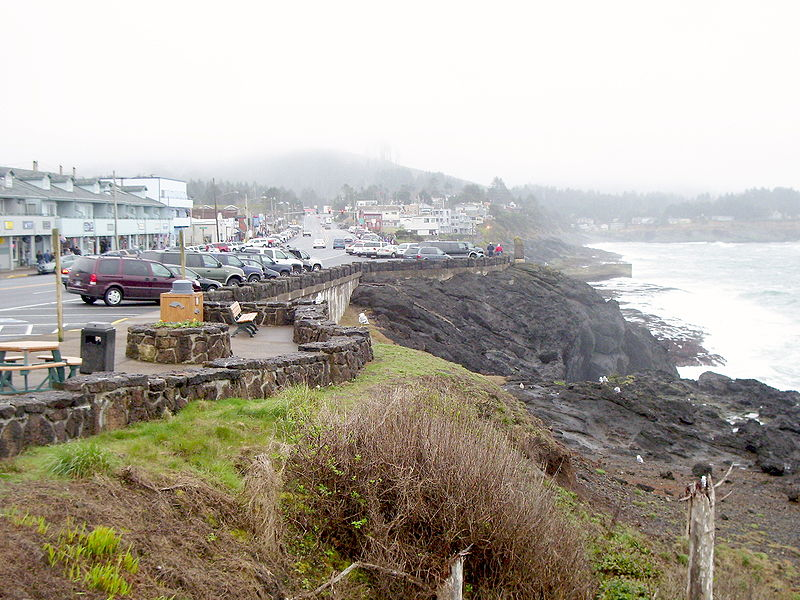 A view south along the rocky shore of Depoe Bay, Oregon.