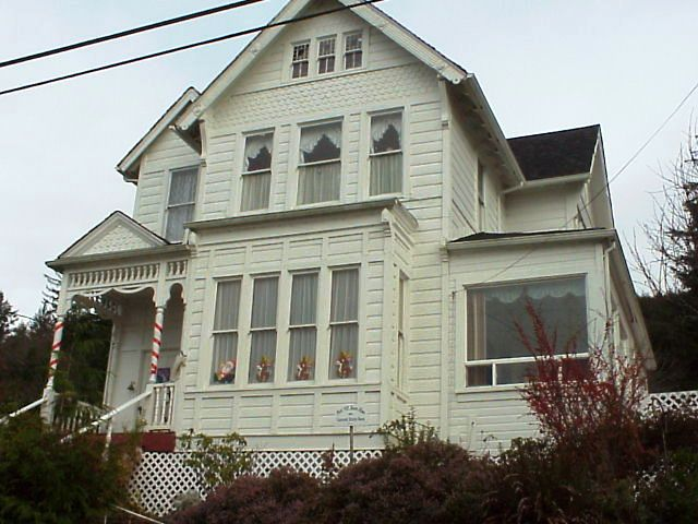 Gardiner Has Some Of The Finest Old Sea Captain Homes On