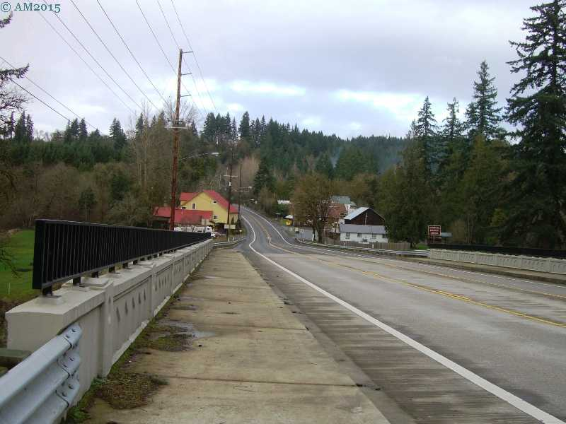The Highway 213 bridge in Mulino, Oregon.