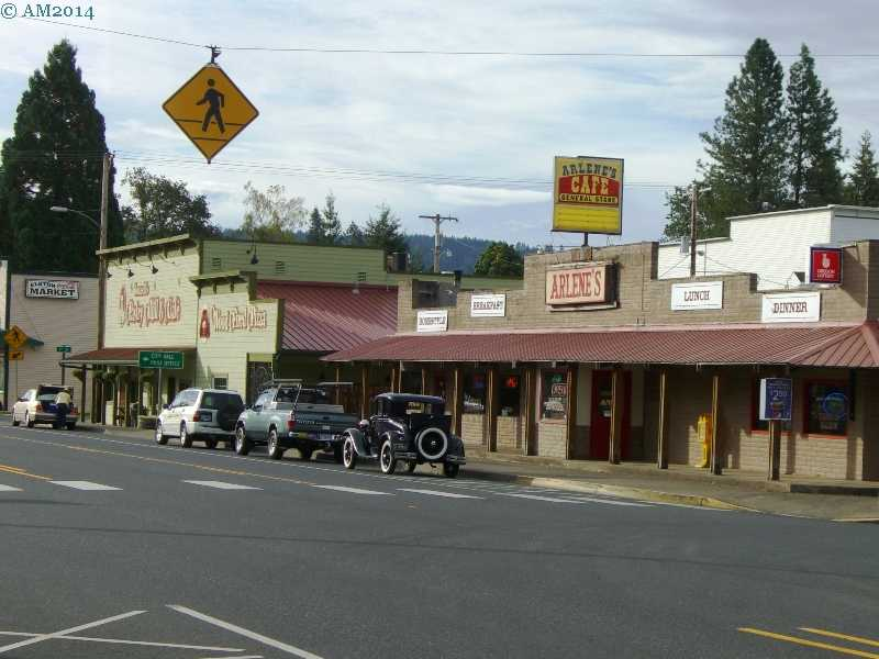 Arlene's Cafe in downtown Elkton, Oregon.