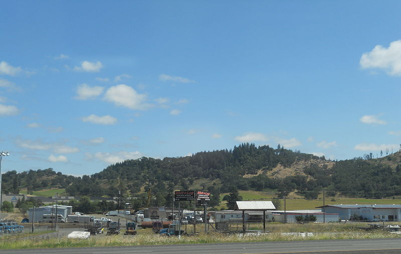 A view of the business district of Winchester, Oregon.