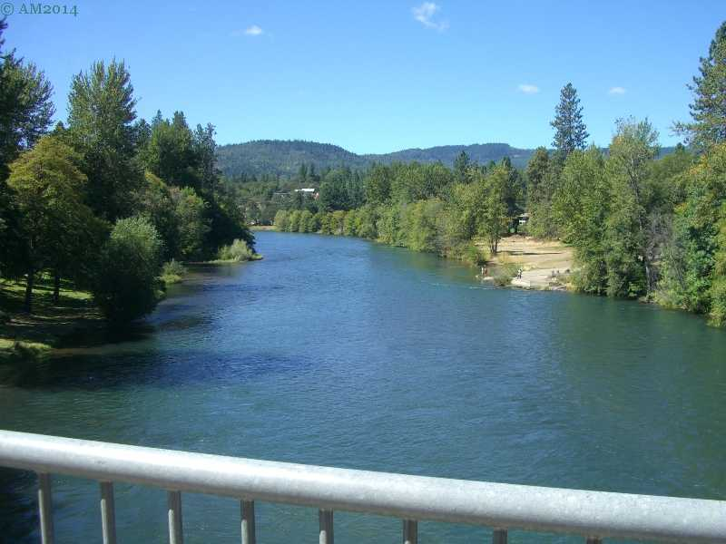 The Rogue River looking down stream at Shady Cove, Oregon.